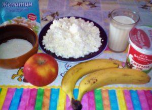Творожный десерт с желатином и фруктами: ингредиенты